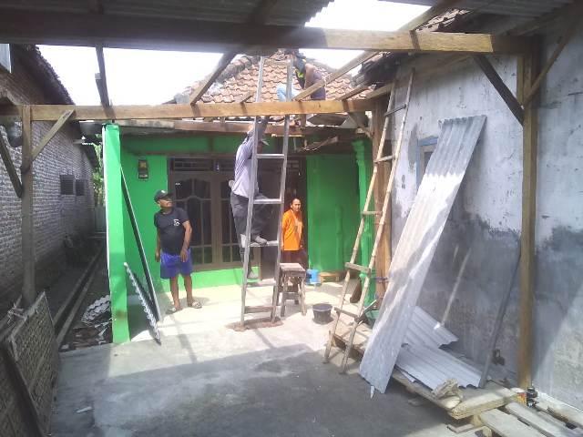 Hujan Disertai Angin Kencang Mengakibatkan 9 Rumah Rusak